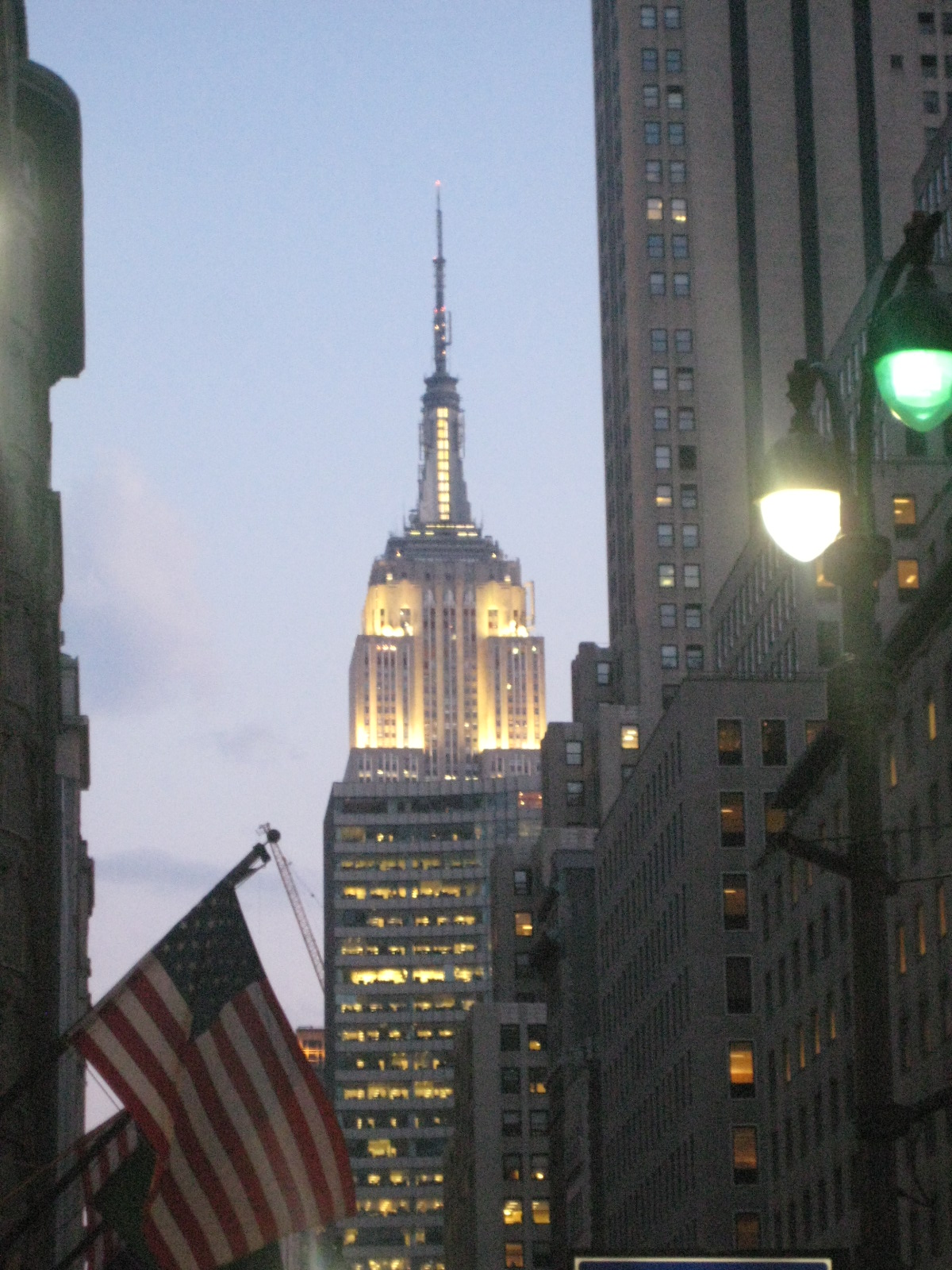 an overview of the empire state building Empire state building case study summary 1 1© 2015 extenet systems, inc confidential & proprietary© 2015 extenet systems, inc.